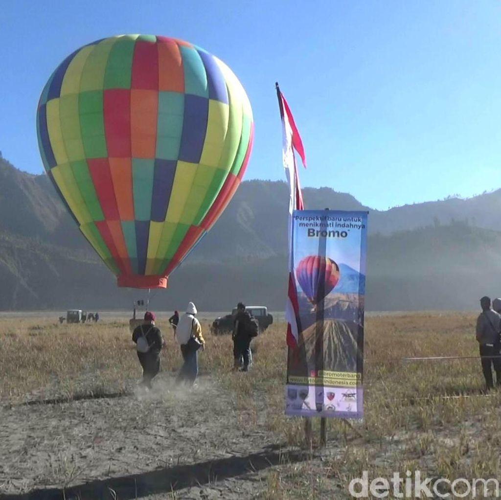 Asyik! Wisata Balon Udara Kini Hadir di Gunung Bromo