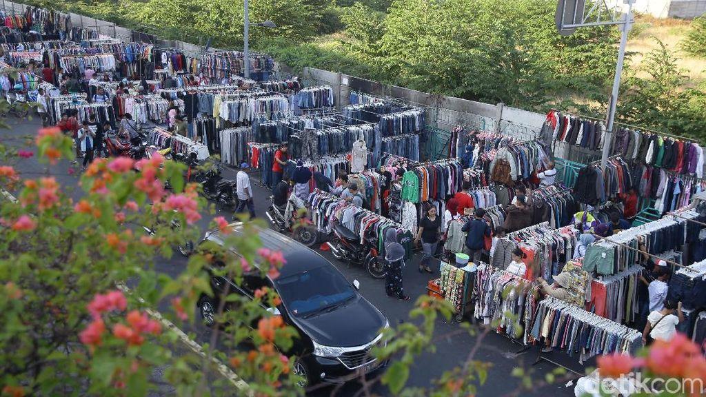 Bea Cukai Tindak Penyelundup Baju Bekas: Sergap, Tangkap, Pidanakan!