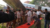 HUT RI, Garuda Indonesia Pamerkan Pesawat Klasik yang Dipakai Sukarno
