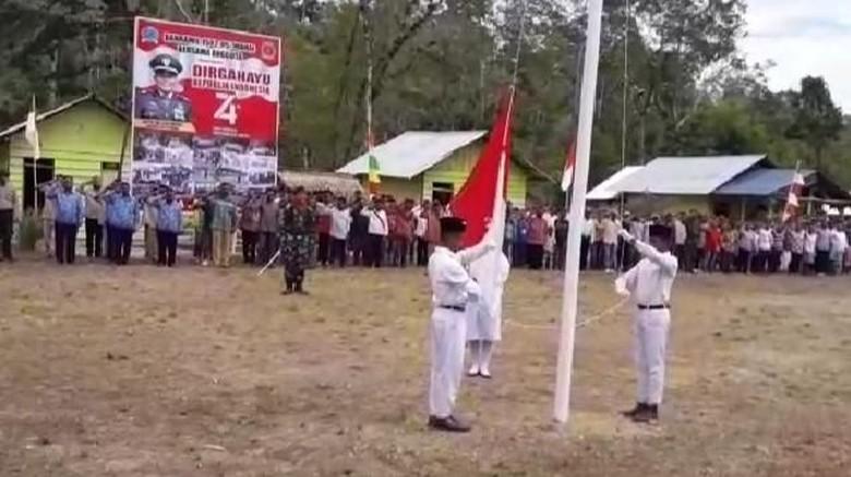 Pertama Kali, Suku Terpencil Mause Ane Ikut Upacara 17 Agustus Sejak 1945