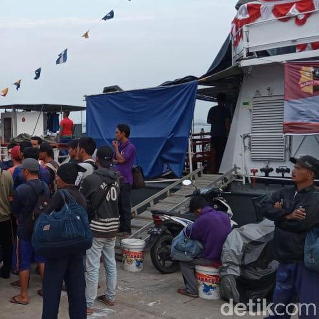 Tim SAR Temukan KM Makmur Jaya yang Mati Mesin di Tengah Laut