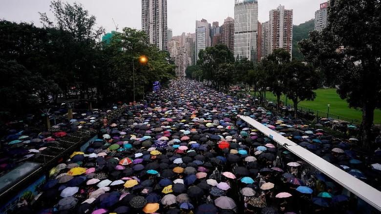 Lagi, Ribuan Warga Hong Kong Turun ke Jalan Menuntut Reformasi