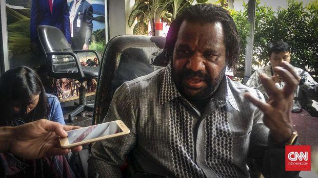 Ketua Lembaga Masyarakat Adat Tanah Papua Lenis Kogoya, Senin (19/8).
