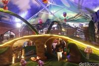 Lembang Wonderland punya konsep wisata yang unik. Pengunjung bakal diajak berkelana ke negeri fantasi seperti dalam cerita Alice in Wonderland (Yudha/detikcom)