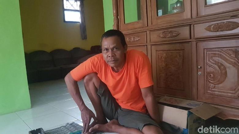 Ayah Korban Minta Polisi Segera Tangkap Pembunuh Sekeluarga di Serang