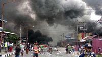 Kerusuhan terjadi di Manokwari, Papua Barat, pada Senin lalu (19/8), Gedung DPRD Papua Barat sempat dibakar massa.