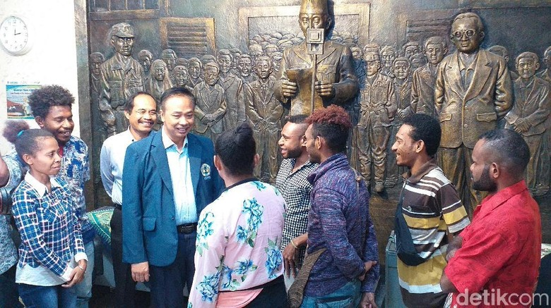 Mahasiswa Papua di Surabaya Sesalkan Penyerangan Asrama dan Kata-kata Rasis