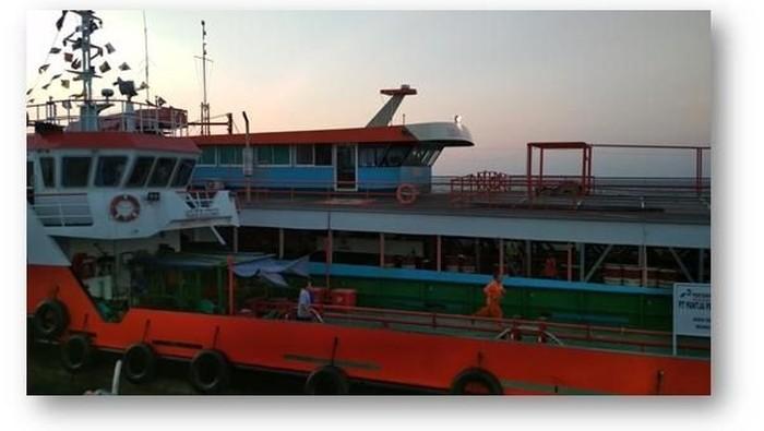 Tim Operasi Khusus Bakamla mengamankan sejumlah kapal yang diduga melakukan aksi ilegal di Perairan Bangka-Belitung/Foto: dok. Bakamla