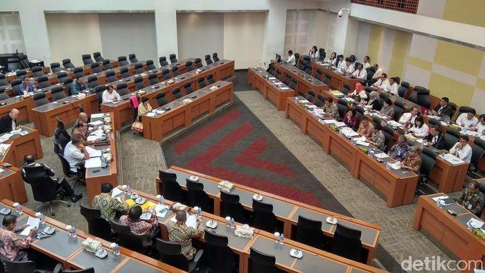 Foto: Rapat Banggar dengan Kementeiran Keuangan (Trio Hamdani/detikFinance)