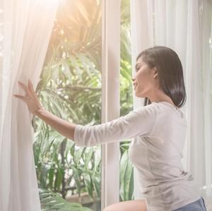 Bangun Pagi Sejam Lebih Awal Bisa Bikin Kamu Lebih Bahagia, Ini Alasannya