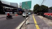 Pemerintah Provinsi (Pemprov) DKI Jakarta terus mengebut proyek revitalisasi trotoar di Jalan Cikini Raya, Jakarta Pusat. Meski belum sepenuhnya tuntas dan rampung, tapi jalaur itu sudah bisa digunakan oleh pengguna jalan.