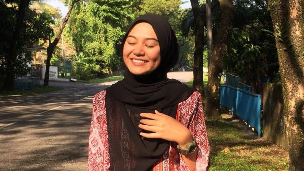 Curhat Guru Cantik Digombalin Dapat 15 Surat Cinta dari Murid Ini Viral