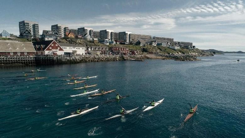 Kayak tradisional di Greenland (Kiliii Yuyan/CNN)