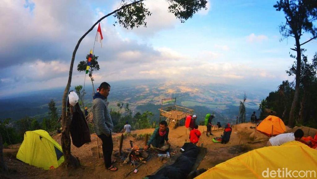 Foto: Tempat Kemping Paling Cantik di Ciamis