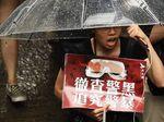 Lebih dari 100 Ribu Warga Hong Kong Berdemo di Tengah Peringatan Keras China