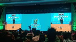 Sapa Petinggi Parpol di Muktamar, Cak Imin: Siapa Ketum PSI Cantik Ini?