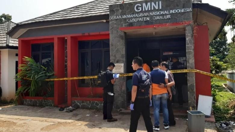 Puslabfor Polri Selidiki Kebakaran Markas GMNI Cianjur