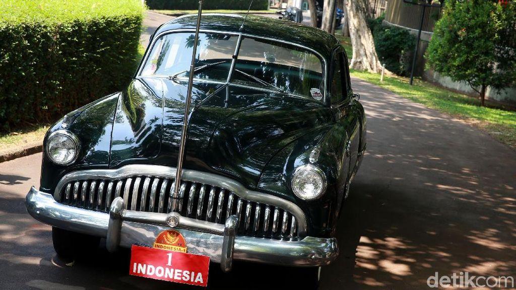 Mobil Dinas Bung Karno yang Bersejarah