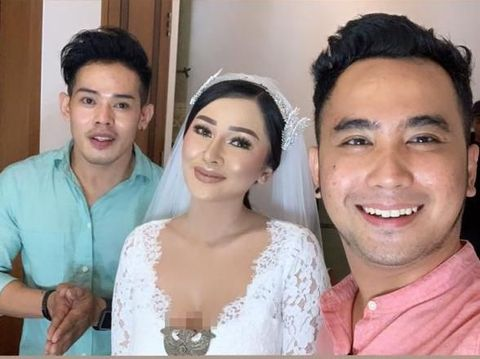 Foto Mutia Ayu ini ditayangkan atas seizin makeup artist Andruw Spun