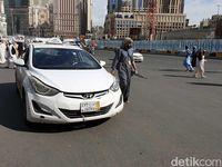 Jangan lupa menawar kalau naik taksi di Makkah (Ardhi/detikcom)