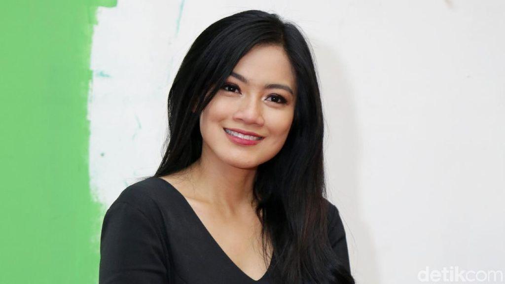 Tag Team Titi Kamal & Christian Sugiono Tularkan Hidup Sehat ke Anak