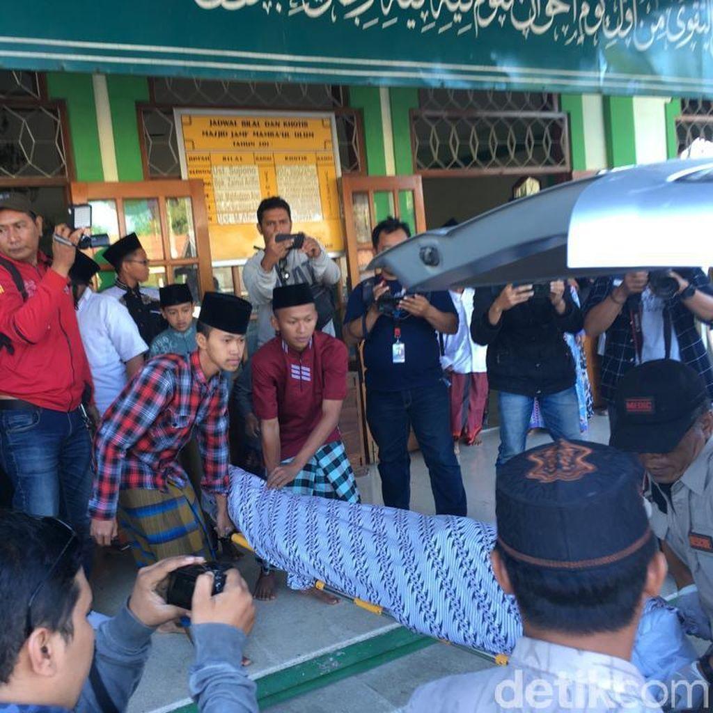 Santri Tewas Dianiaya Senior, Pengurus Ponpes: Korban Jatuh dari Lantai Dua