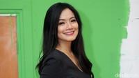 Setuju Titi Kamal dan Christian Sugiono Jadi Pasangan Paling Adem?