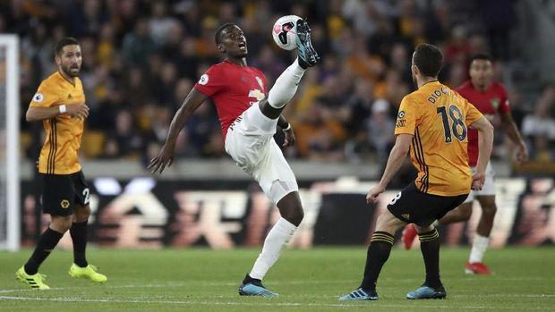 Paul Pogba gagal bawa MU menang di markas Wolves.