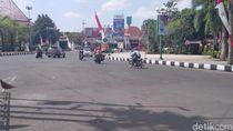 Jalur di Jember yang Dilewati Pebalap Tour dIndonesia Disterilkan dari PKL