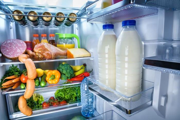 Waspada Banjir 7 Makanan Untuk Stok Musim Hujan Ini Harus Ada Di Dapur