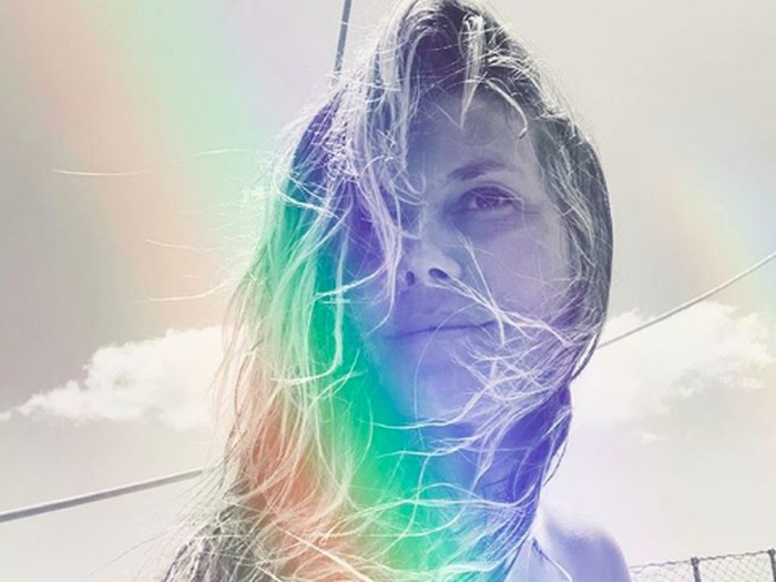 Heidi Klum dihujat karena pamer foto topless. Foto: Instagram @heidiklum