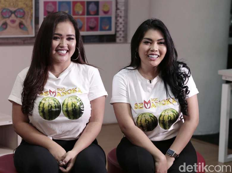 Kepedihan Duo Semangka yang Tetap Dikecam Meski Sudah Berpakaian Tertutup