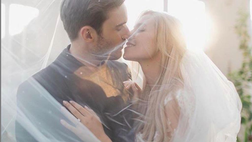 Potret Pernikahan Romantis Dedengkot YouTuber PewDiePie
