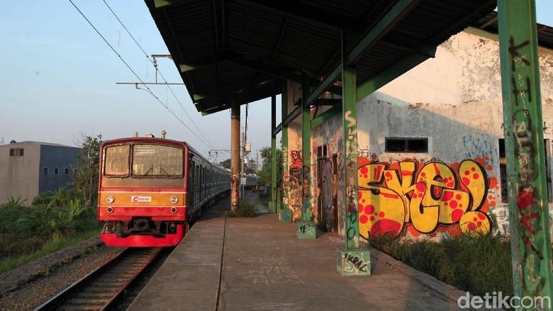 Memprihatinkan! Begini Kondisi Stasiun Pondok Rajeg