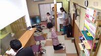 Wanita Ini Rela Hidup Miskin Demi Buka Kafe Untuk Kucing