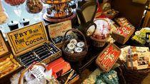 Berkunjung ke Toko Permen Tertua di Dunia Berusia 192 Tahun di Inggris