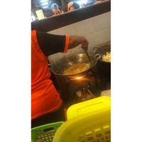 Liburan ke Thailand, Chrissy Teigen dan John Legend Cicip 7 Makanan Ini