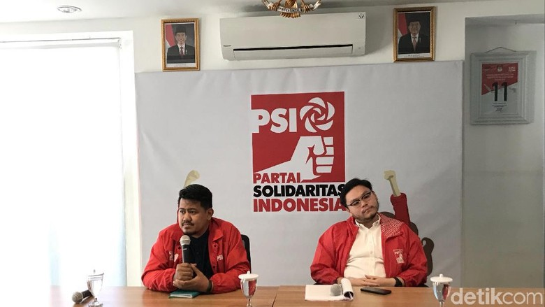 Menang Gugatan soal Tanah Abang, PSI Minta Anies Segera Tata PKL di Trotoar