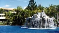 Di era akhir tahun 1980-an sampai lebih dari 1 dekade kemudian, resort ini masih jadi favorit wisatawan. Namun kesulitan ekonomi membuat resort ini tidak bisa berkembang. (Manta System/Youtube)