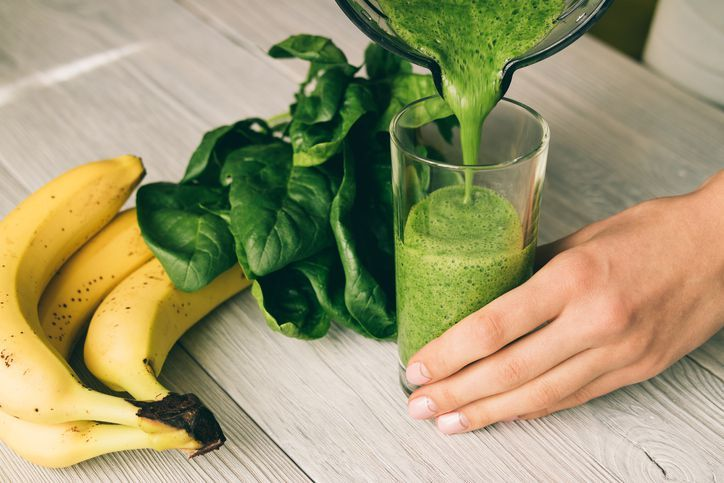 Smoothies bayam pisang untuk tekanan darah tinggi