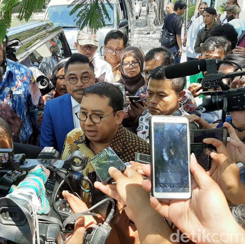 Detik-detik Rombongan Fadli Zon Ditolak Mahasiswa Papua