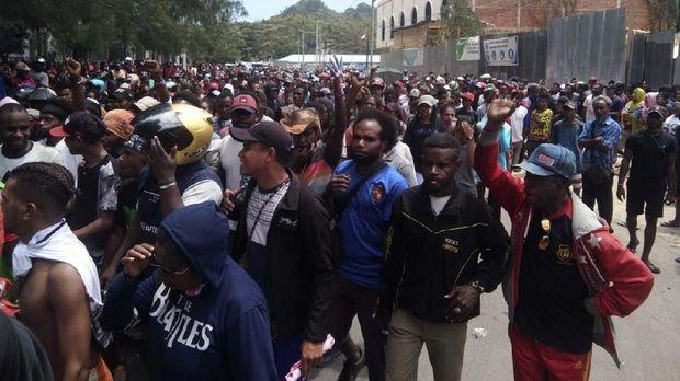 Kantor PLN Wamena Dibakar dalam Aksi Berujung Rusuh di Papua