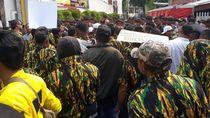 Bawa Massa Sambangi Kantor DPP, Loyalis Bamsoet: Kami Ingin Golkar Besar