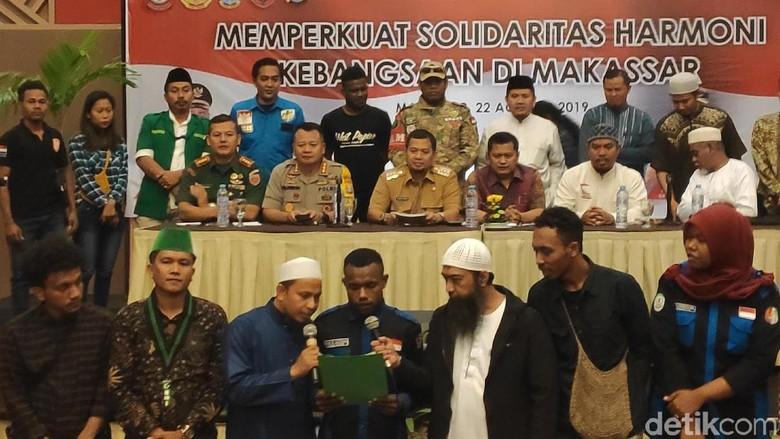 Bertemu Masyarakat dan Mahasiswa Papua, Walkot Jamin Makassar Aman