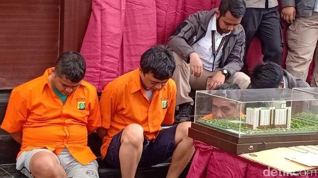 Rilis penangkapan 3 orang sindikat penipuan penjualan apartemen di Ciputat, Tangerang Selatan di Polda Metro Jaya