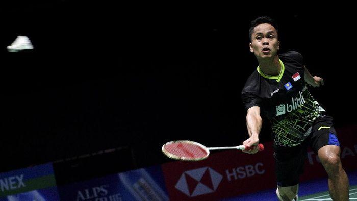 Anthony Ginting lolos ke semifinal Hong Kong Open usai megalahkan Chou Tien Chen. Dia akan menghadapi Jonatan Christie di babak empat besar. (Foto: Hafidz Mubarak/nz/Antara)