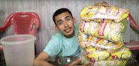 Youtuber Ini Dapat Rejeki Nomplok dari Snack Kemasan