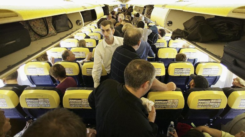 ilustrasi kabin pesawat (Getty Images)