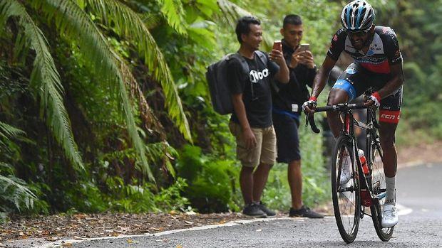 Metkel Eyob jadi yang tercepat di etape 4 Tour d'Indonesia 2019.