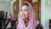 Yenny Wahid Rilis Lipstik dengan Misi Sosial, Ajak Wanita Beramal